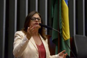 """""""É politizado e eivado de vícios"""", diz Alice sobre decreto de intervenção federal no RJ"""