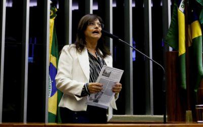 Grande defensora da educação brasileira, Alice presta solidariedade aos professores de Teofilândia
